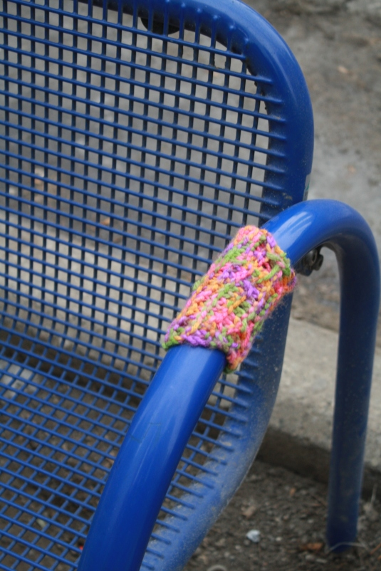Bus Bench  Cozy