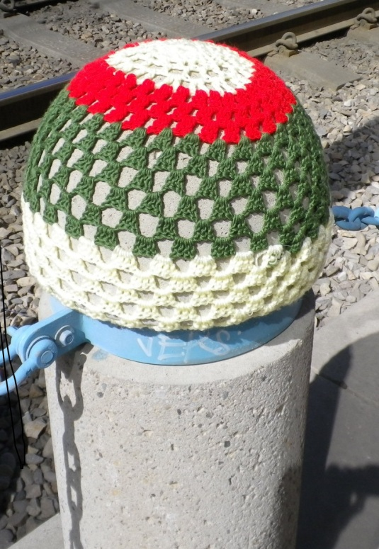 traffic barrier cap knit bomb